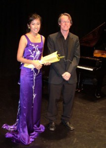 3rd Place – Van-anh Nguyen  with Mitchell Leigh (Accompanist)