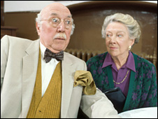Madge_Ryan_with_Lionel_Jeffries_1192_episode_of_Casualty_-_BBC